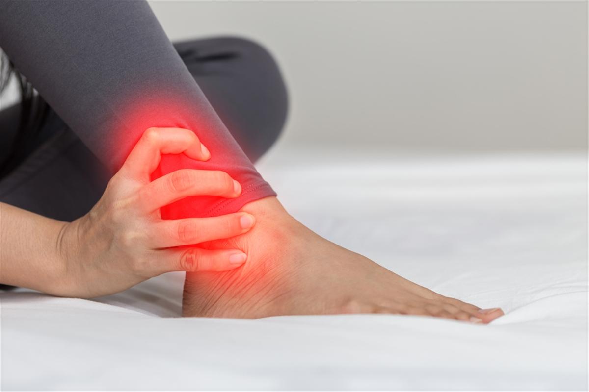 Đau cổ chân - Dấu hiệu của nhiều bệnh lý nguy hiểm