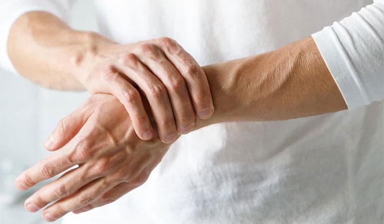 Viêm bao hoạt dịch thường xảy ra ở người già