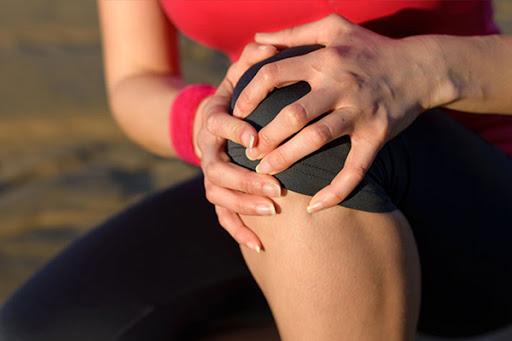 Tình trạng viêm, sưng đau ở các khớp được chẩn đoán là viêm đa khớp