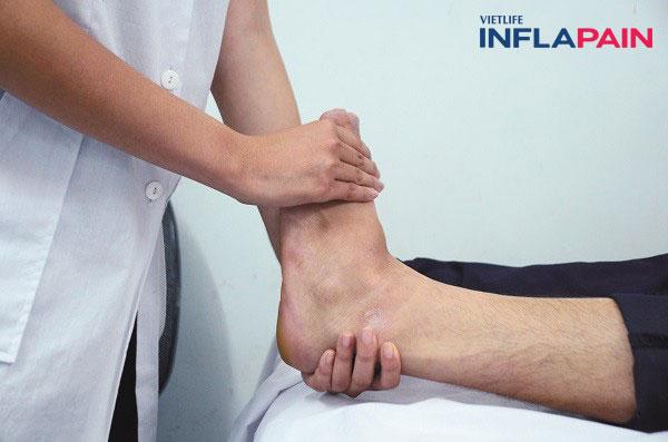 Bài tập co duỗi, cử động thoái hóa khớp cổ chân